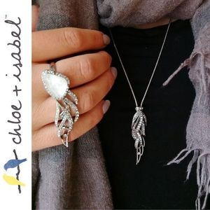 Chloe + Isabel Accessories - 🆕 Silverwing Long Pendant Necklace c+i N585CLAR